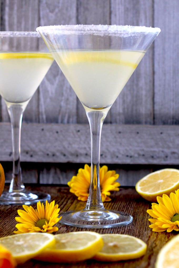 Lemon Drop Cocktail in a martini glass