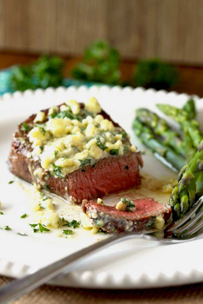 Pan Seared Filet Mignon With Blue Cheese Butter Lemon Blossoms