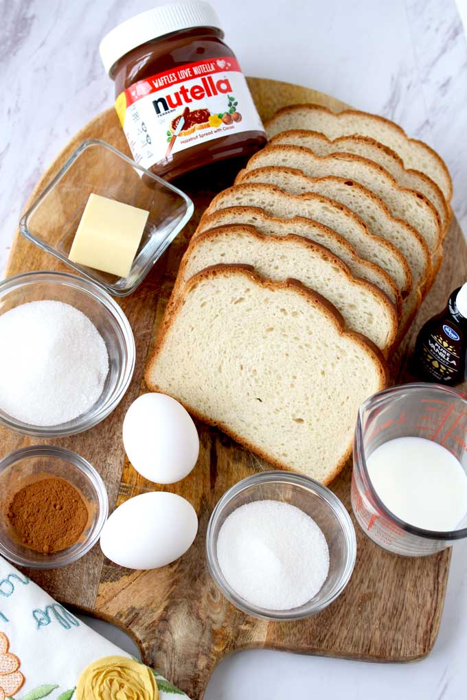 Ingredients to make Nutella French Toast Roll-Ups