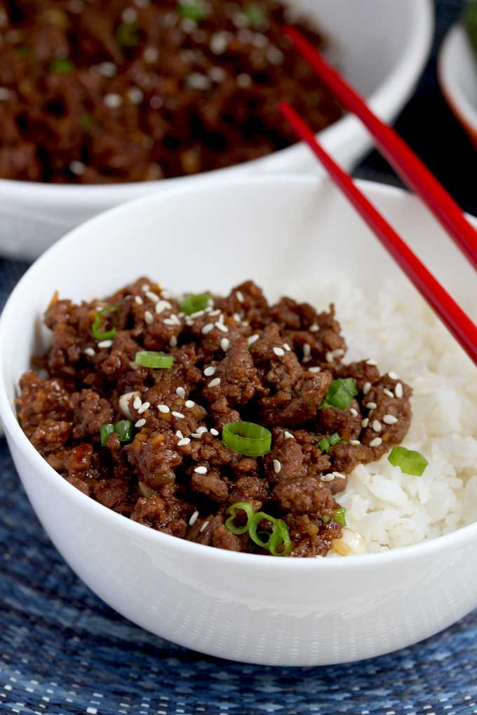 View of a bowl with withe rice and Korean Beef