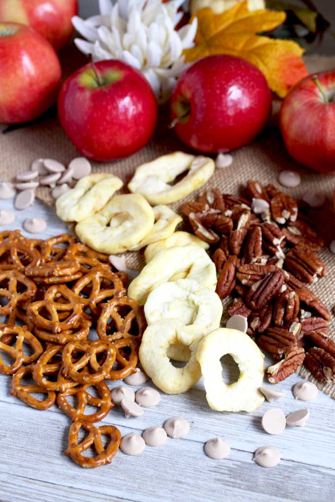 Ingredients to make Caramel Apple Pie Snack Mix
