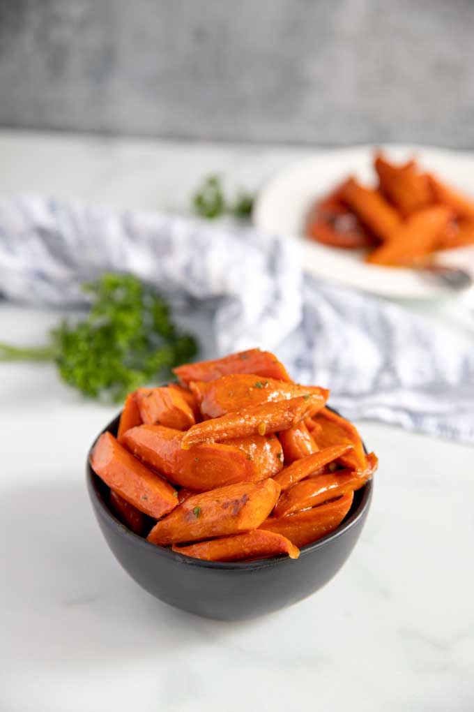 Maple Carrots in a black bowl
