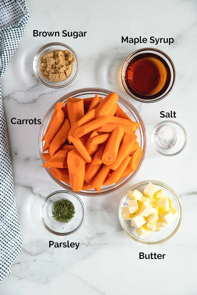 Ingredients to make oven roasted carrots