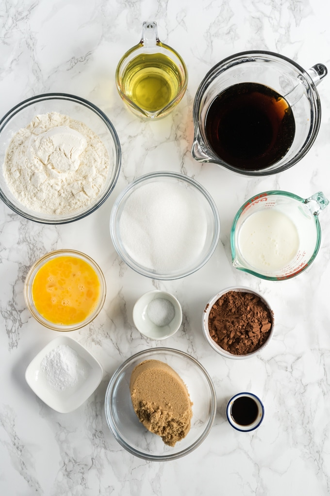 Ingredients for making coca cola cake